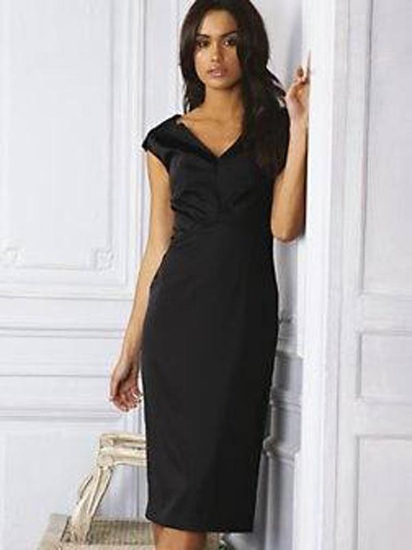 efb46d232cdb Čierne midi šaty s výstrihom bez rukávov 073 - Salón Emily