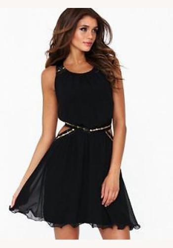 e6d125a50b32 Čierne mini šaty na ramienka 109