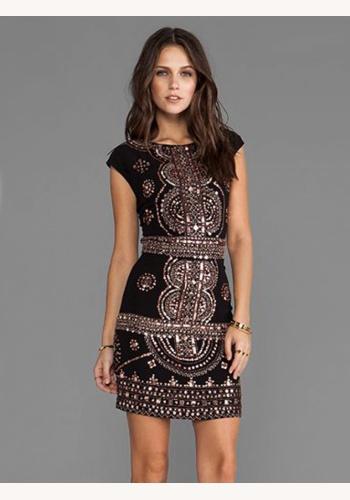 b7b314cda151 Čierne mini šaty s potlačou s krátkym rukávom 145