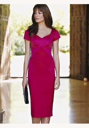 494828f739e2 Ružové midi šaty s výstrihom s krátkym rukávom 176