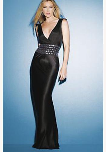 Čierne dlhé úzke saténové šaty s výstrihom na ramienka 109CA 8b2370f1846