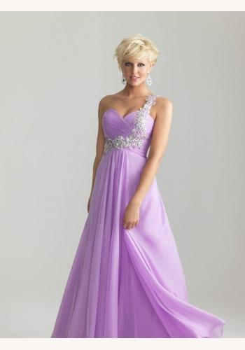 Fialové dlhé šaty na jedno rameno 302a f2231572659