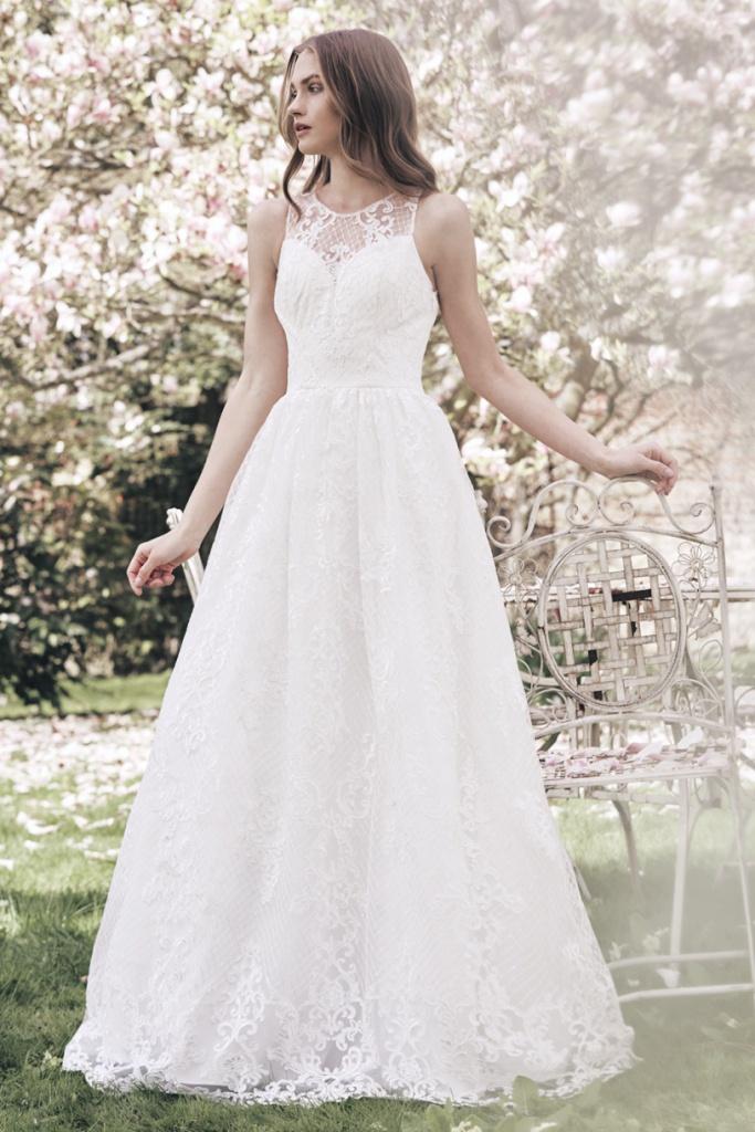 Biele dlhé čipkované svadobné šaty bez rukávov 158 148457a2636