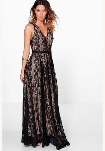 4af62781ea55 Čierne dlhé čipkované šaty s výstrihom na hrubé ramienka 427LWa