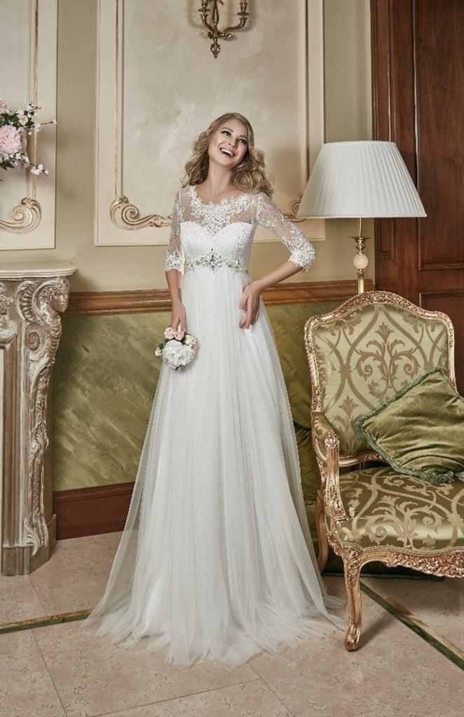 f8fa197321ad Biele dlhé svadobné šaty s čipkou s 3 4 rukávom 201 - Salón Emily