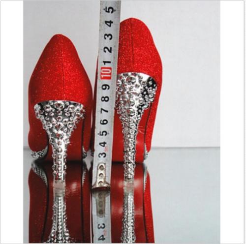 ca7f56008e08e Biele spoločenské topánky na platforme s kamienkami 068 - Salón Emily