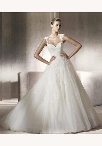 ca2cf7da8d03 Biele dlhé čipkované svadobné šaty s dlhým rukávom 058. Biele dlhé svadobné  šaty s výstrihom na ramienka 057