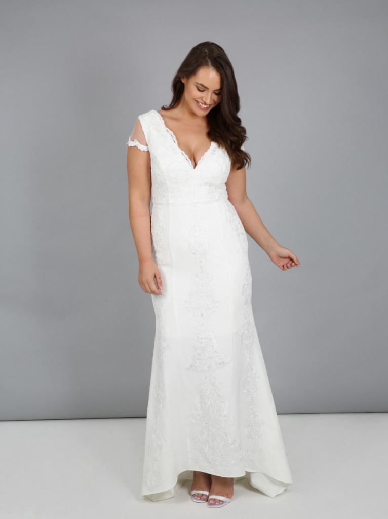 Plus biele dlhé svadobné čipkované šaty s výstrihom s krátkym rukávom 217 c55feddc92a