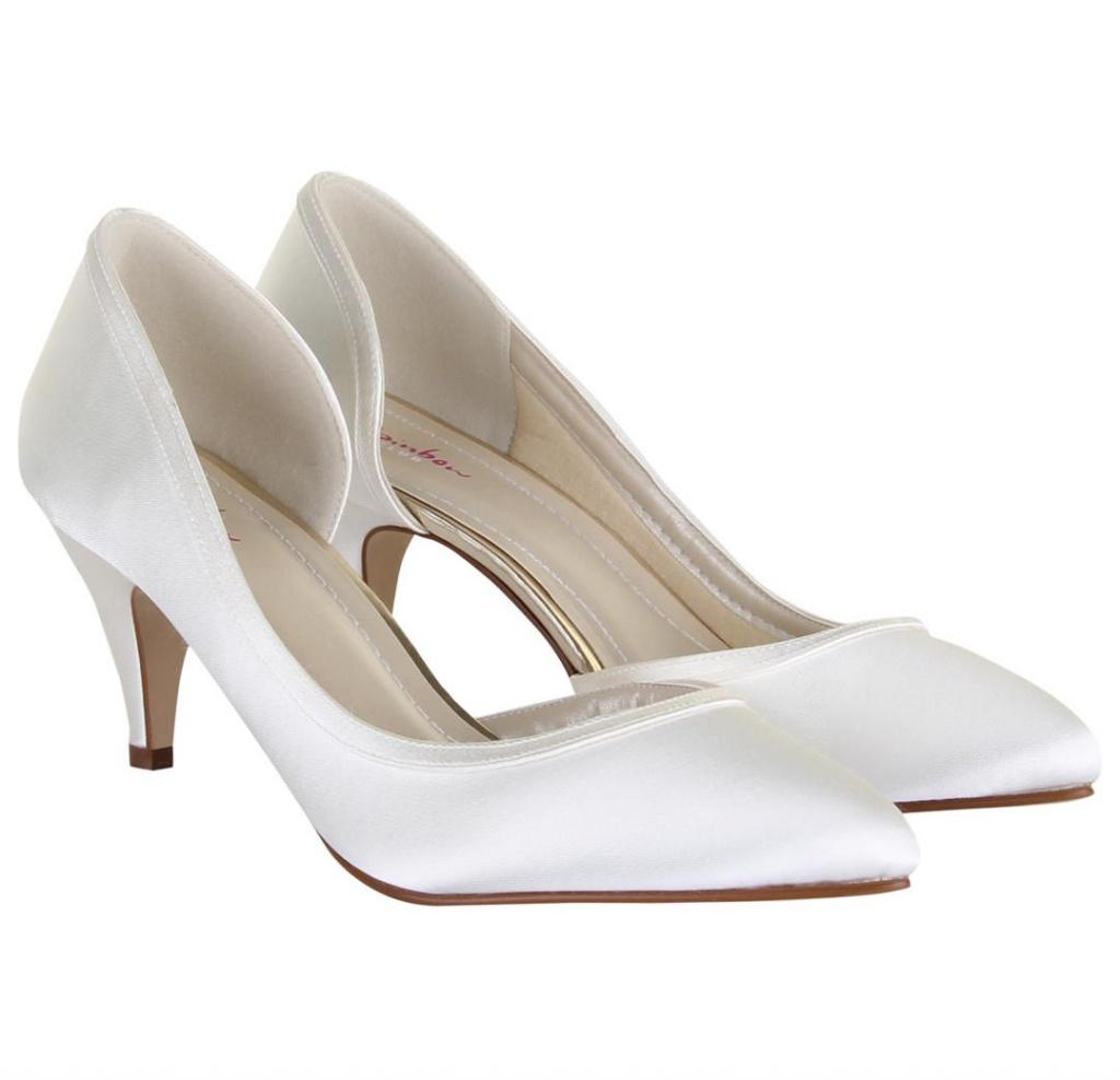 3fcfd33881 Smotanové svadobné topánky na nízkom opätku 056 - Salón Emily