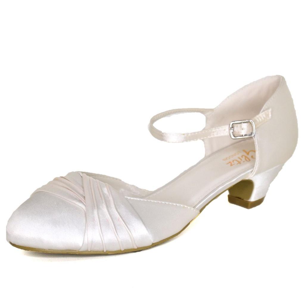 421fc2af8a Smotanové saténové svadobné topánky na nízkom opätku 063 - Salón Emily