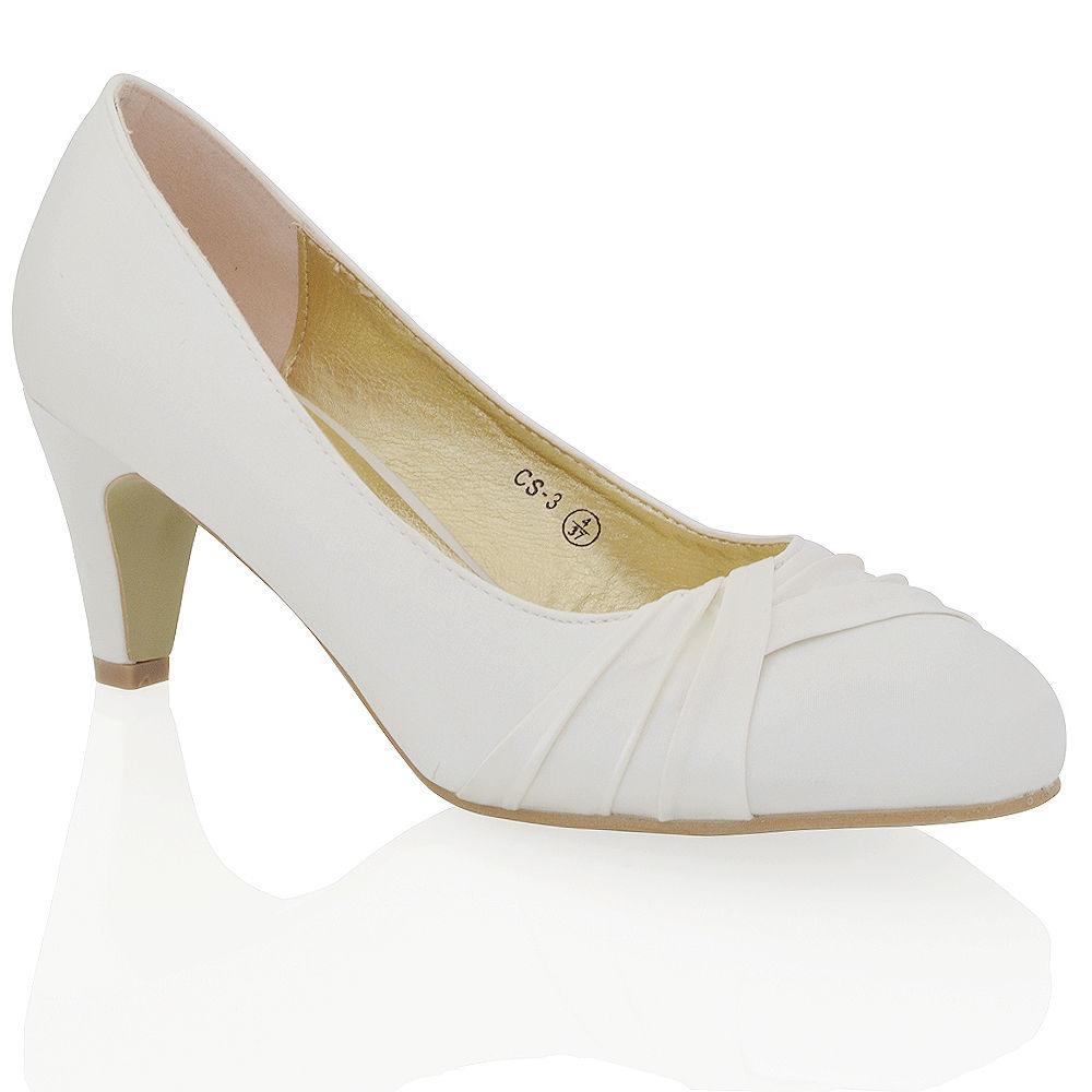 577089dbc9 Smotanové saténové svadobné topánky na nízkom opätku 068Ea - Salón Emily