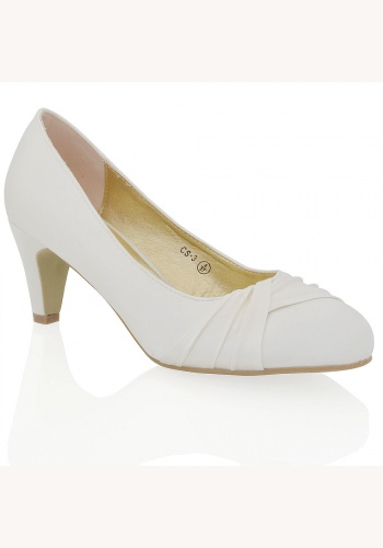 3b1ab75438 Smotanové saténové svadobné topánky na nízkom opätku 068Ea