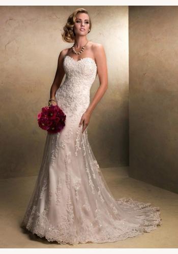 e956b0de73e7 Biele dlhé svadobné korzetové čipkované šaty morská panna 132