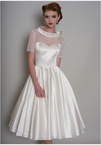 a0bf43d2b98b Biele smotanové midi saténové šaty s krátkym rukávom 203UC