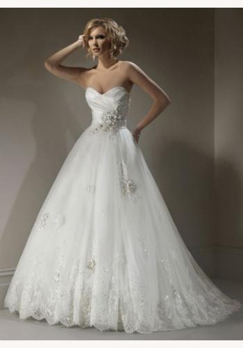Biele dlhé svadobné korzetové šaty s čipkou 136 db50c70c236