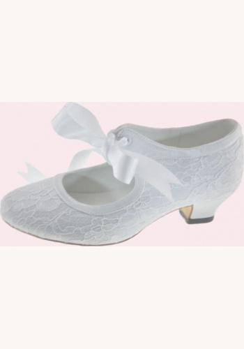 63f67e109a74 Biele čipkované topánky s mašľou na nízkom opätku 021FHCD