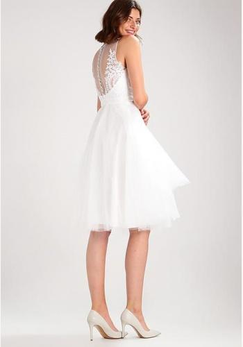 c7c0bffe2601 Biele midi šaty s čipkou bez rukávov 308C