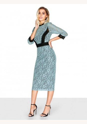 aa013e88de55 Chrpovo-modré midi čipkované šaty s kontrastným panelom s 3 4 rukávom 309L