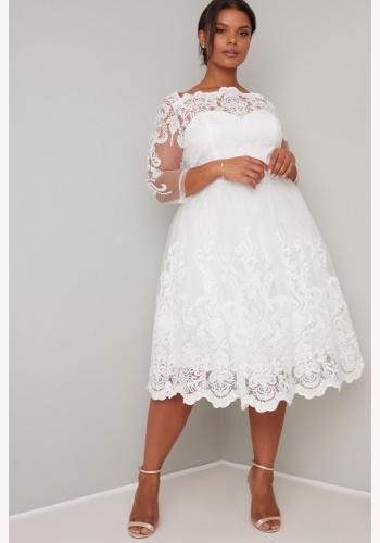 05c9d6aa5240 Plus biele midi čipkované šaty s 3 4 rukávom 191C