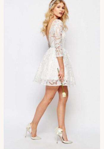 ecb11858da33 Biele mini čipkované šaty s 3 4 rukávom 297C