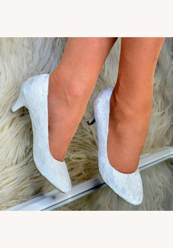 80e13a52944c Smotanové svadobné čipkované topánky na nízkom opätku 076E