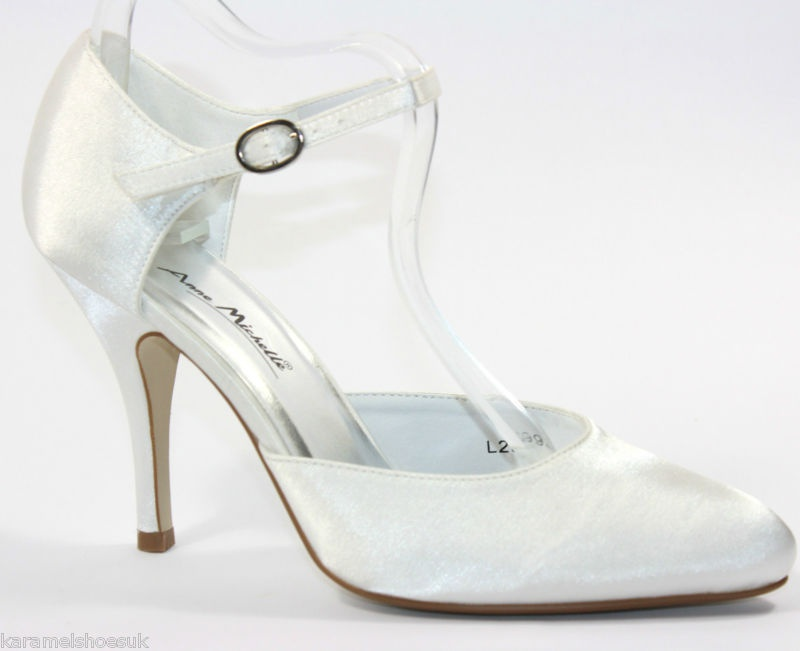 706d833500 Smotanové svadobné saténové topánky na strednom opätku 002 - Salón Emily
