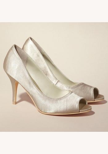 Smotanové svadobné saténové topánky vpredu otvorené na strednom opätku 043 11b77db611a