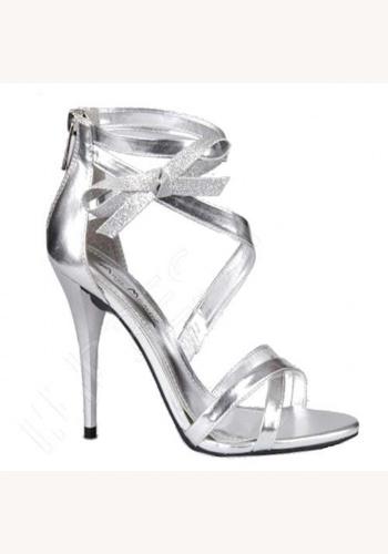 05a6e546be93b Strieborné topánky na vysokom opätku 004