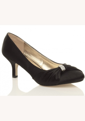 afe54843c9 Čierne saténové topánky na strednom opätku 013