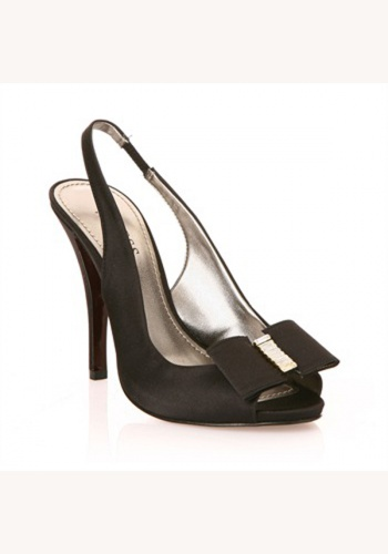 0fb42aaa2925a Čierne saténové sandále so sponou na vysokom opätku 044