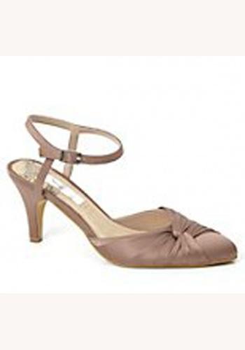 b28a5dbf0850 Béžové saténové topánky vzadu otvorené na strednom opätku 051